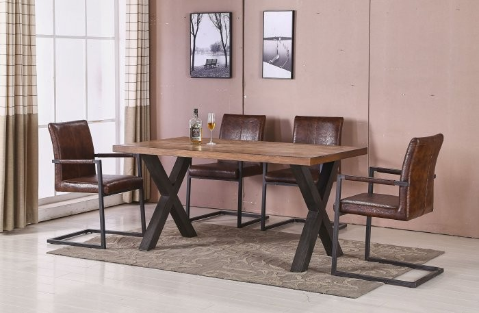 Jedilna miza Kara